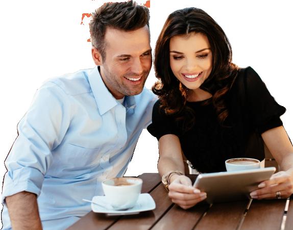 Imagen de pareja con tablet